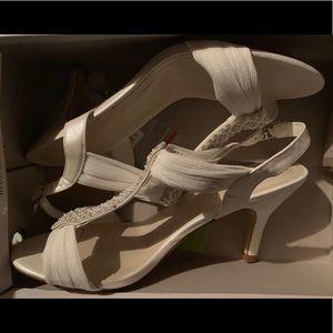 Amazing wedding shoes not worn
